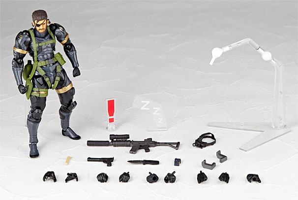Metal Gear V Ground Zeroes // The Phantom Pain Metal_gear_solid_v_grond_zeroes_premium-edition-walkingeek_2